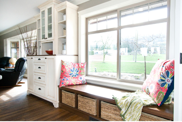 Add Bench Seating In Kitchen With Low Windowsill Traditional