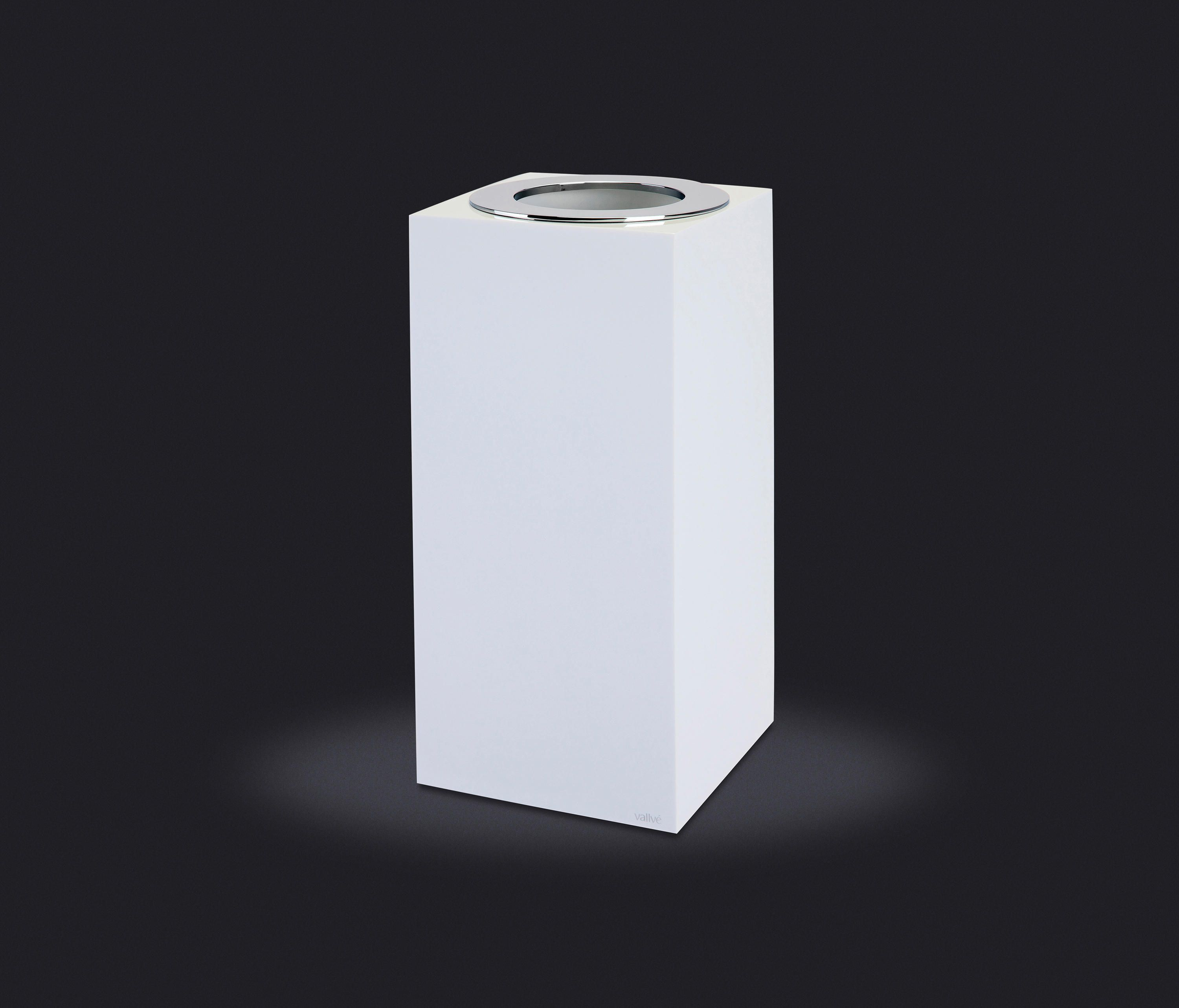 Gloss Collection Small Wastebasket Open Lid By Vallve Waste Bins