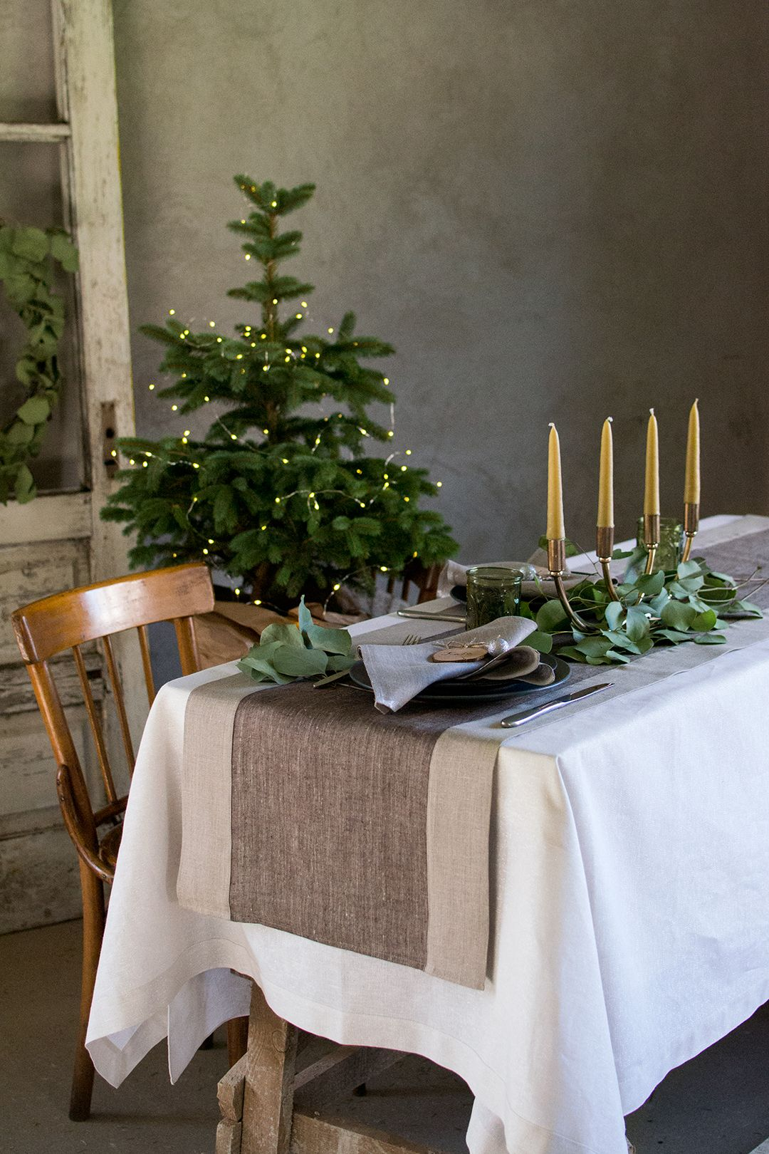 Christmas Table Decorations Natural