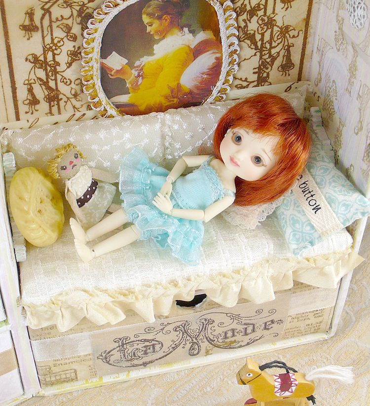 Customize your own doll carry case using the paddywack cottage. The doll  travel case tutorial features the tiny BJD doll Amelia Thimble by Wilde  Imagination.