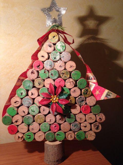 Mis cosas de clase y yo Árbol Navidad con corchos de vino.   Navidad ...