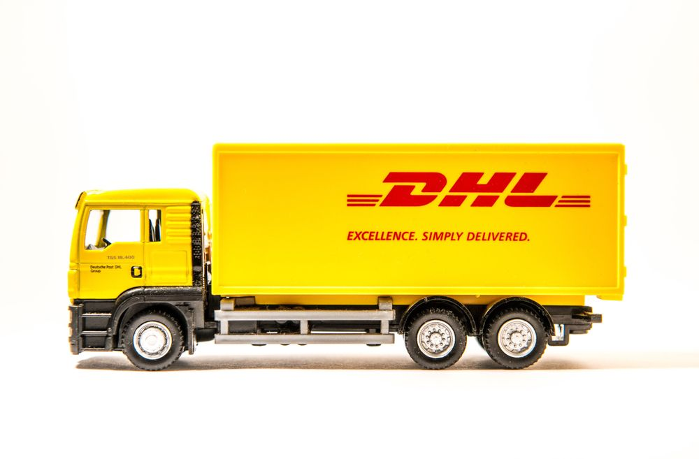Massive Recruitment Ongoing In Dhl Company In Usa Canada South Africa And Dubai Jobs For Freshers Safe Investments Franchise Business