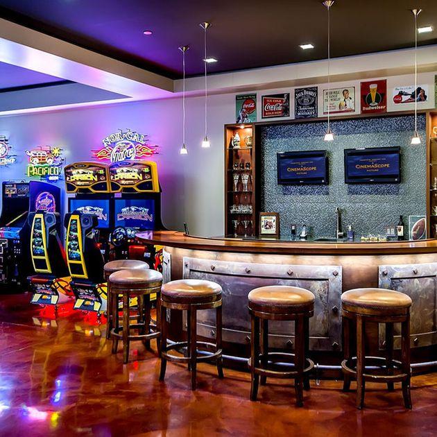 Man Cave Decor And Designs You Should Copy Home Bar Designs Game Room Basement Arcade Room