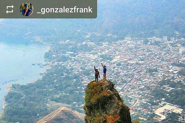 #Follow @_gonzalezfrank: Conquistando los cielos San Juan la Laguna #LakeAtitlan #Guatemala #ILoveAtitlan #AmoAtitlan #LagoAtitlan #CentralAmerica #Travel http://OkAtitlan.com
