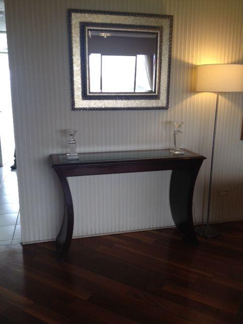 Mesa de arrimo con espejo mesa pinterest espejo y mesas for Mesa espejo
