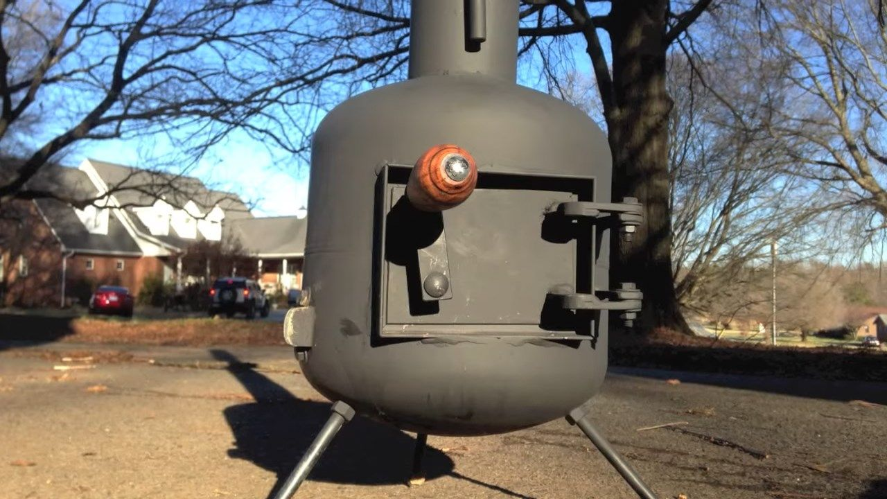 Cool DIY Video : How to convert an Old Propane tank into a Wood stove . - Cool DIY Video : How To Convert An Old Propane Tank Into A Wood