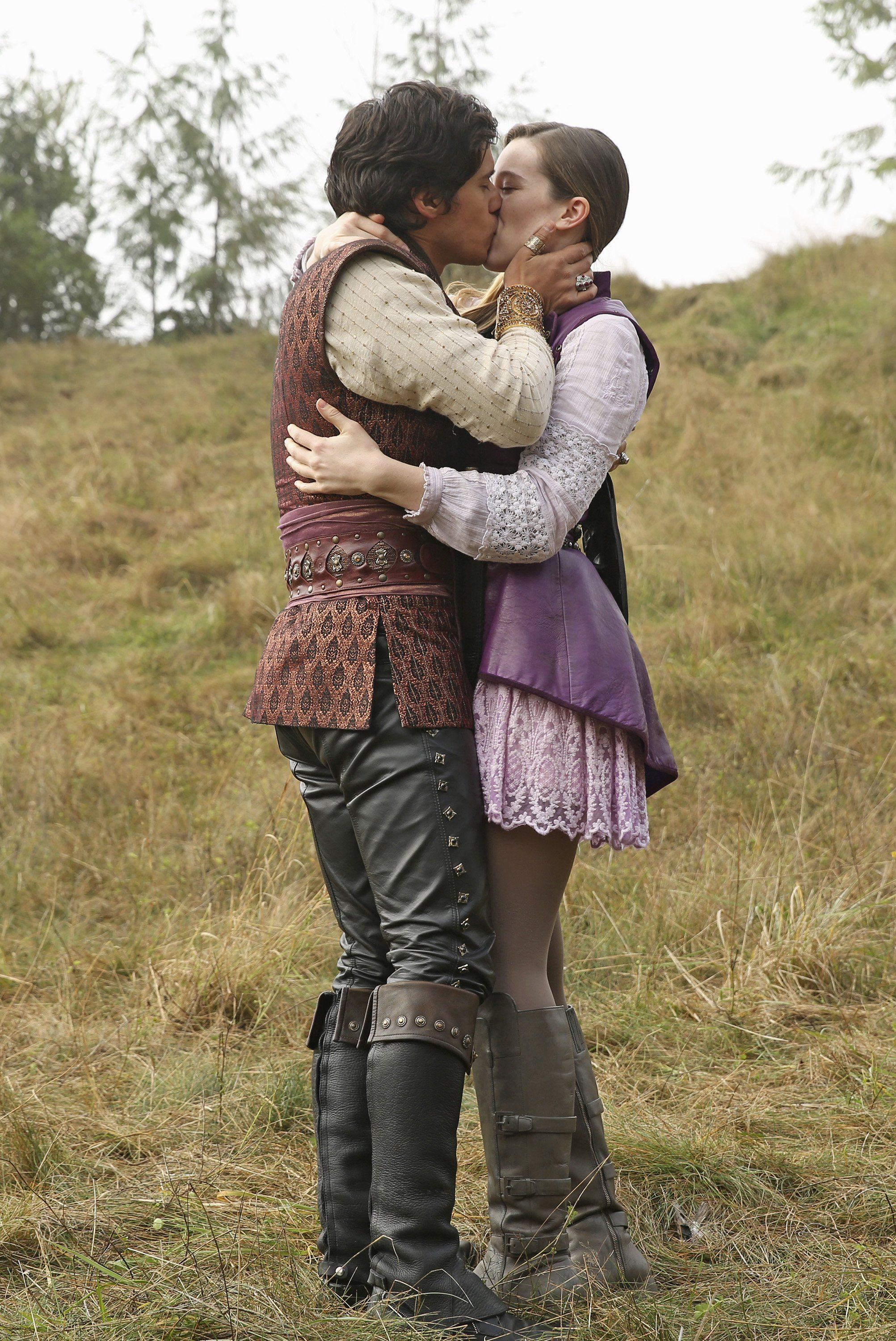 OUAT in Wonderland - Alice and Cyrus