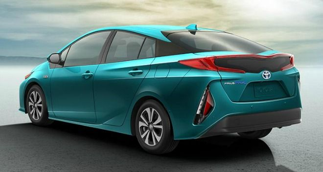 2017 Toyota Prius Prime Named Green Car Of The Year Toyota Prius