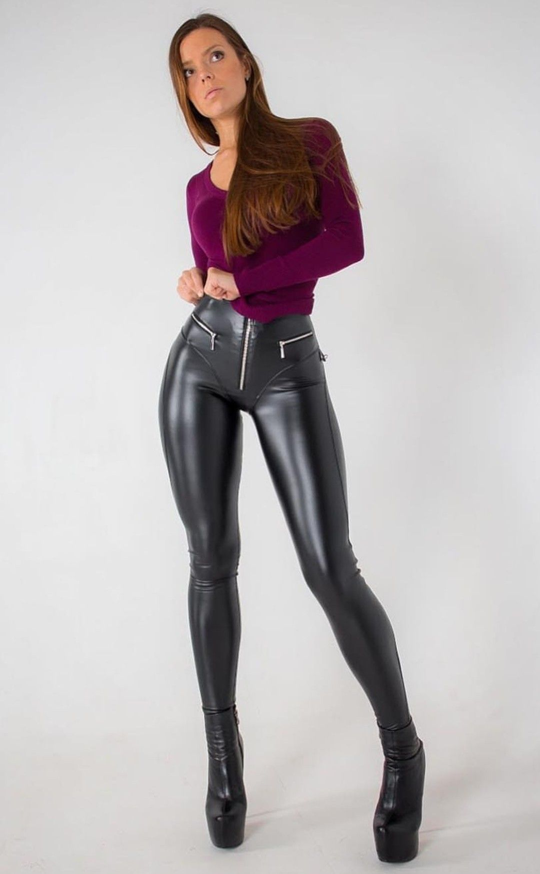 0693df179e2bc0 Shiny Leggings, Leggings Are Not Pants, Leather Pants Outfit, Leather  Trousers, Leather