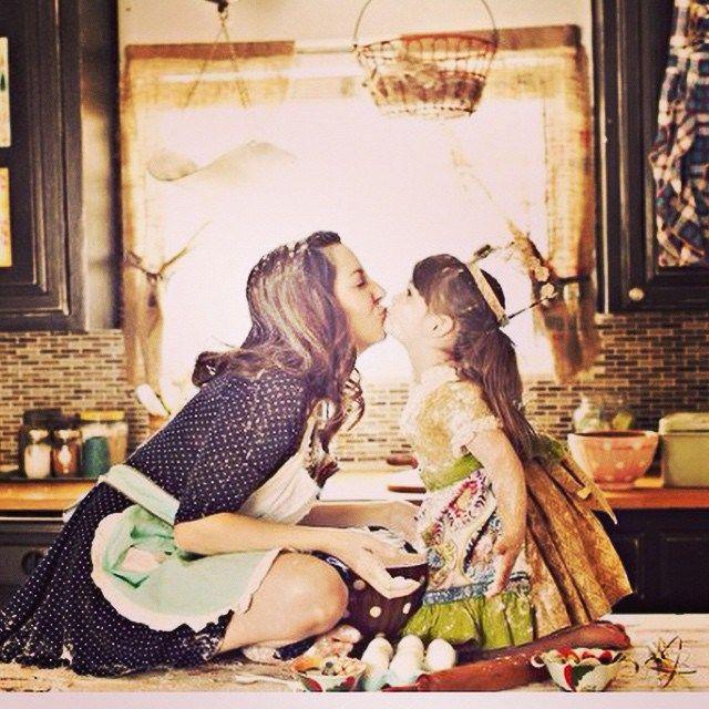 Uma seleção de fotos mãe e filha, mega fofas pra você fazer com ela, antes que ela cresça!