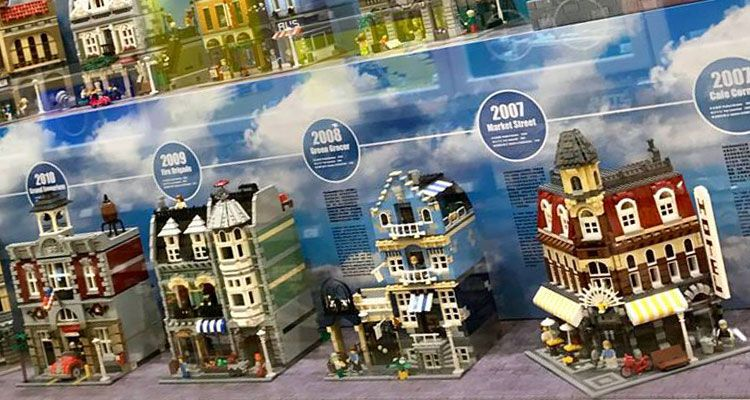 LEGO Store Wanderausstellung: 10 Jahre Modular Buildings ...