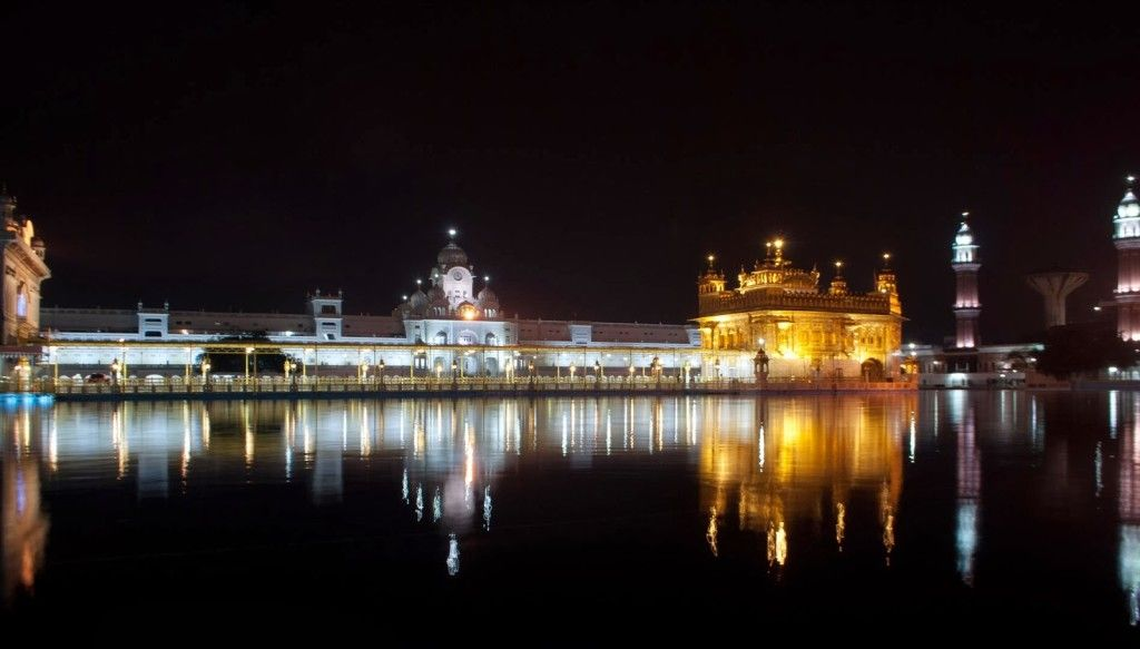 What to eat in Amritsar? – A comprehensive list.   FED