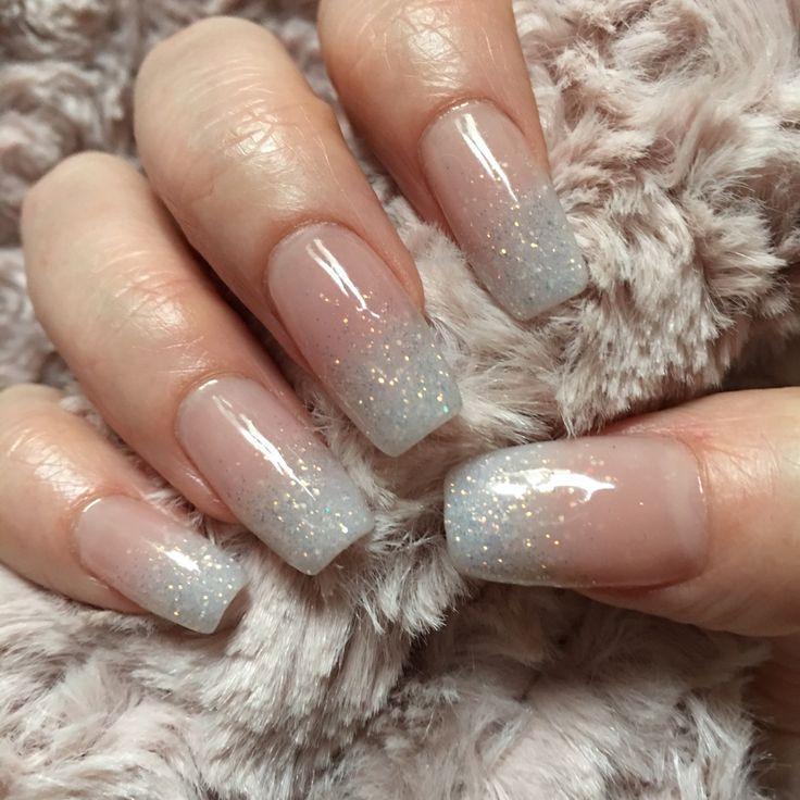 Glitter Baby Boomer Nails – Peinados para mujeres