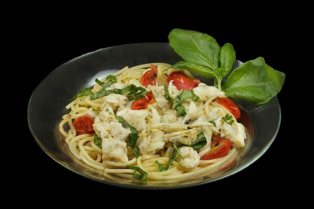 spaghetti fresca with jumbo lump crabmeat