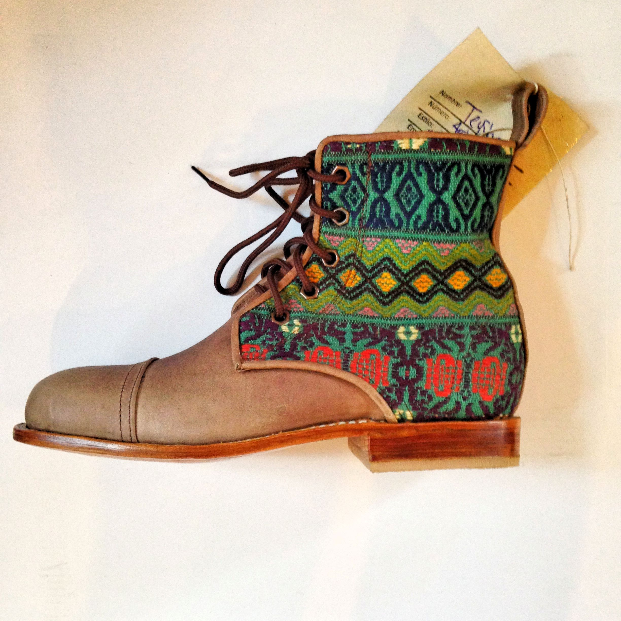 This textile makes us so excited for fall! #customboots
