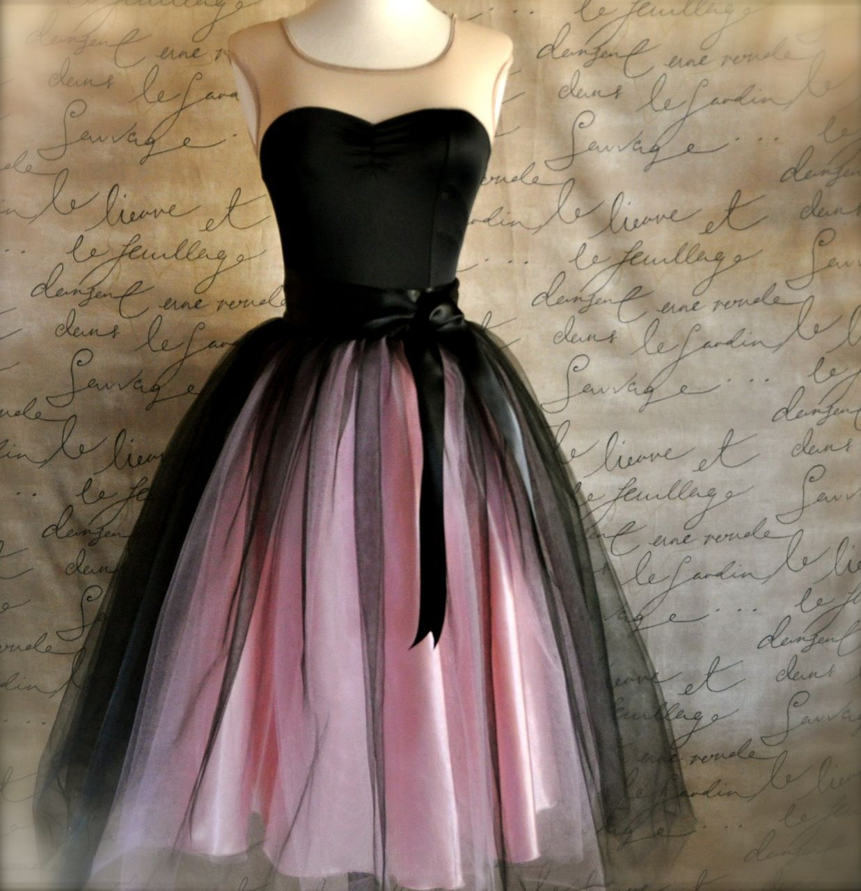 Women S Tulle Skirt In Pink And Black Pink Homecoming Dress Womens Tulle Skirt Homecoming Dresses Short [ 1280 x 1237 Pixel ]