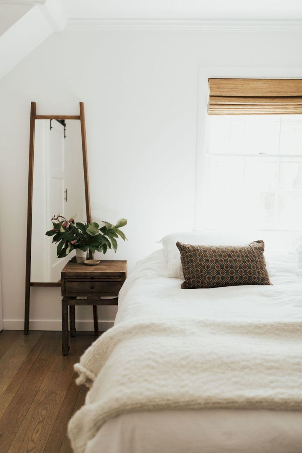 50 Awesome Minimalist Bedroom Decorating Ideas Meuble Chambre A