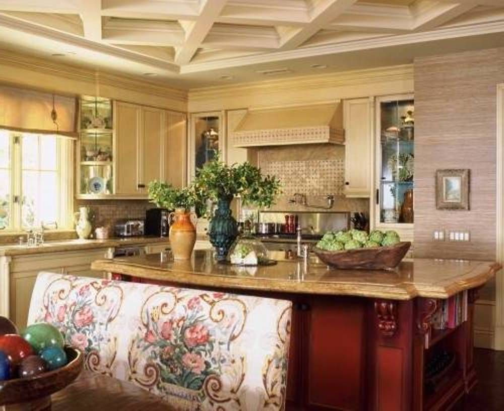Traditional italy themed kitchen decor design