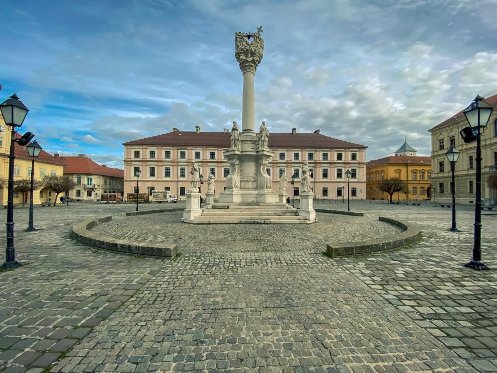 Tvrđa Osijek The Historic Architecture With Amazing Water Gate Historical Architecture Osijek Architecture
