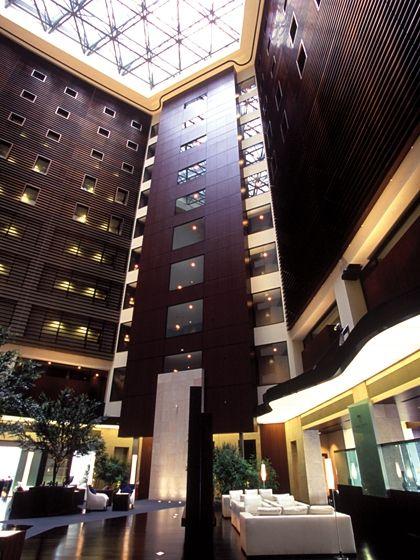 パークホテル東京の吹き抜け