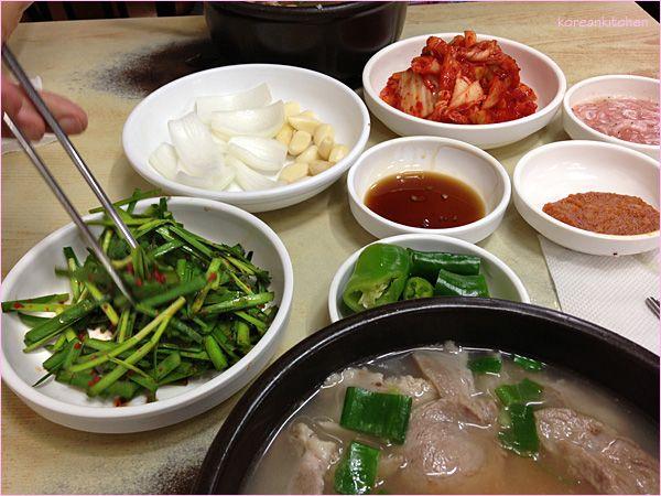 부산 돼지국밥 Busan dwejigukbab (Basan style pork soup)