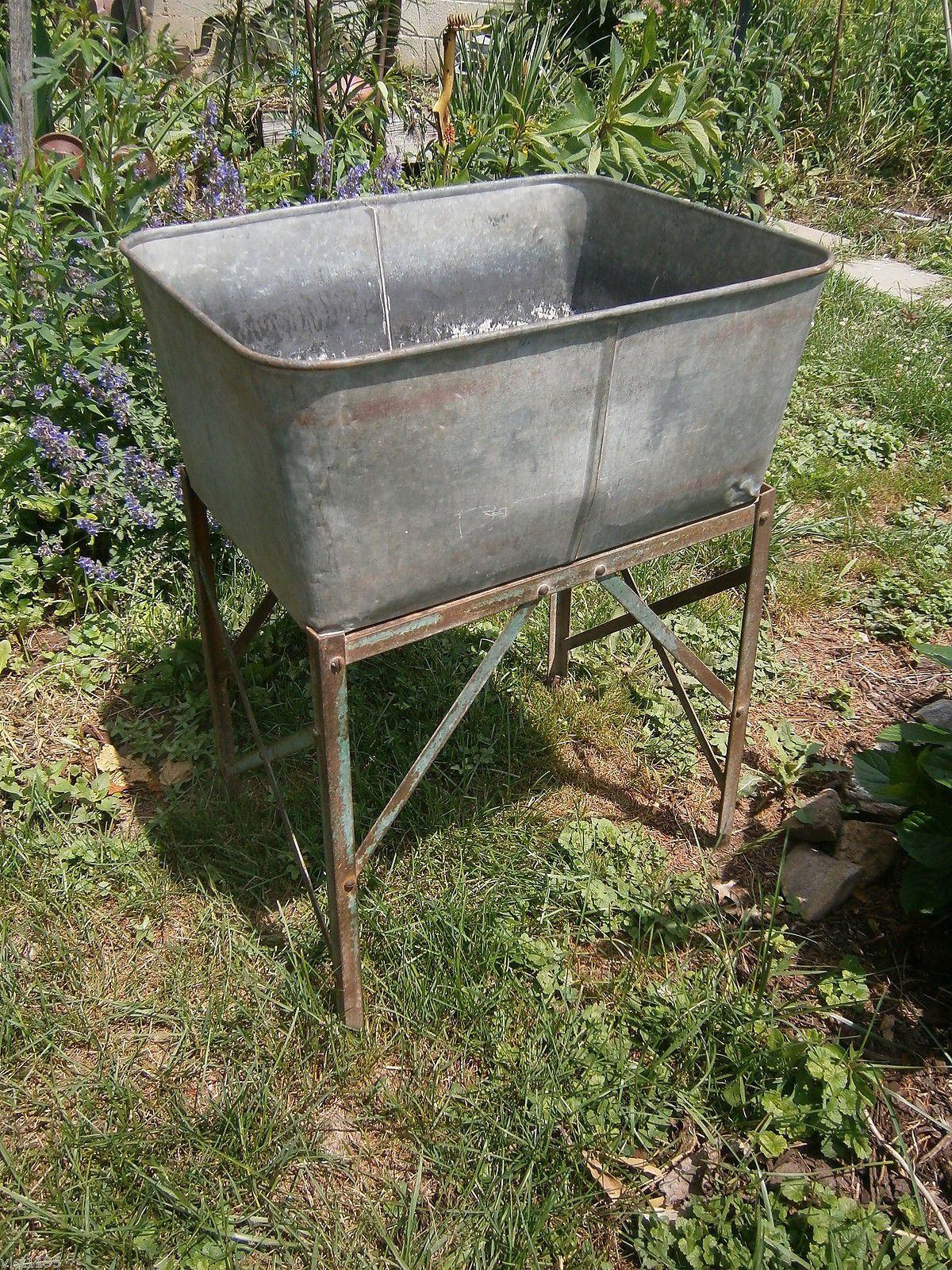 Early Galvanized Large Single Rectangular Wash Tub With Stand Ebay Wash Tubs Galvanized Wash Tub Rectangular