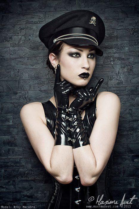 alt-amores: Miss Poupée Plastique x Jay Rocker Photo