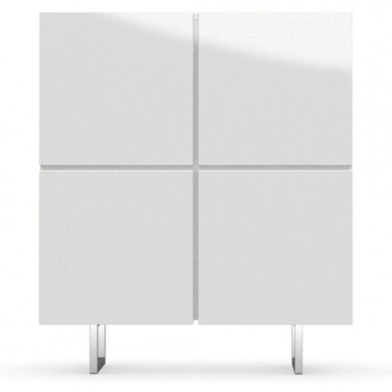 Calligaris White Seattle Storage Cupboard W 4 Doors Aptdeco - Calligaris-seattle-storage-cupboard-with-four-doors