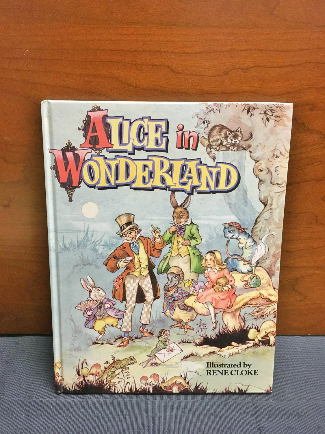 Beautiful 1990 Alice In Wonderland children's book by  Lewis Carroll by TheCreakyHinge on Etsy