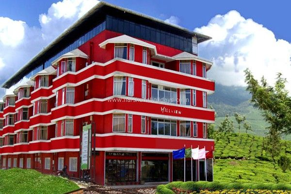 The Hillview Munnar is located within a short drive of the town centre and offers comfortable accommodation as well as a 24 hour reception, a laundry service and laundry facilities. - See more at: http://harshadaholidays.co.in/blog1/category/online-hotel-booking-2/indian-hotel-booking/page/2#sthash.QGeJ9XHv.dpuf