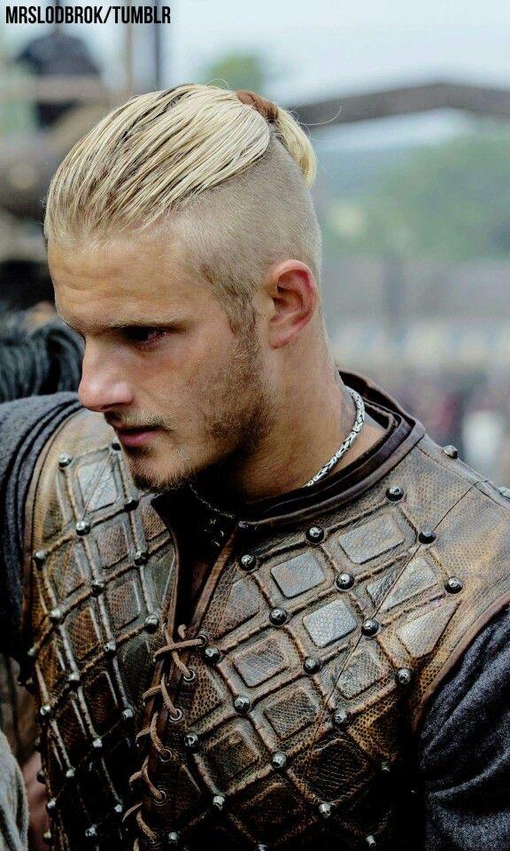 Bjorn Season 3 Alexander Ludwig Vikings Hair And Beard Styles