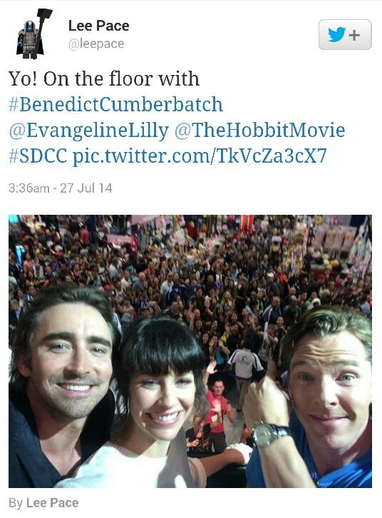 @leepace Yo! On the floor with#BenedictCumberbatch@ @TheHobbitMovie#SDCC pic.twitter.com/TkVcZa3cX7