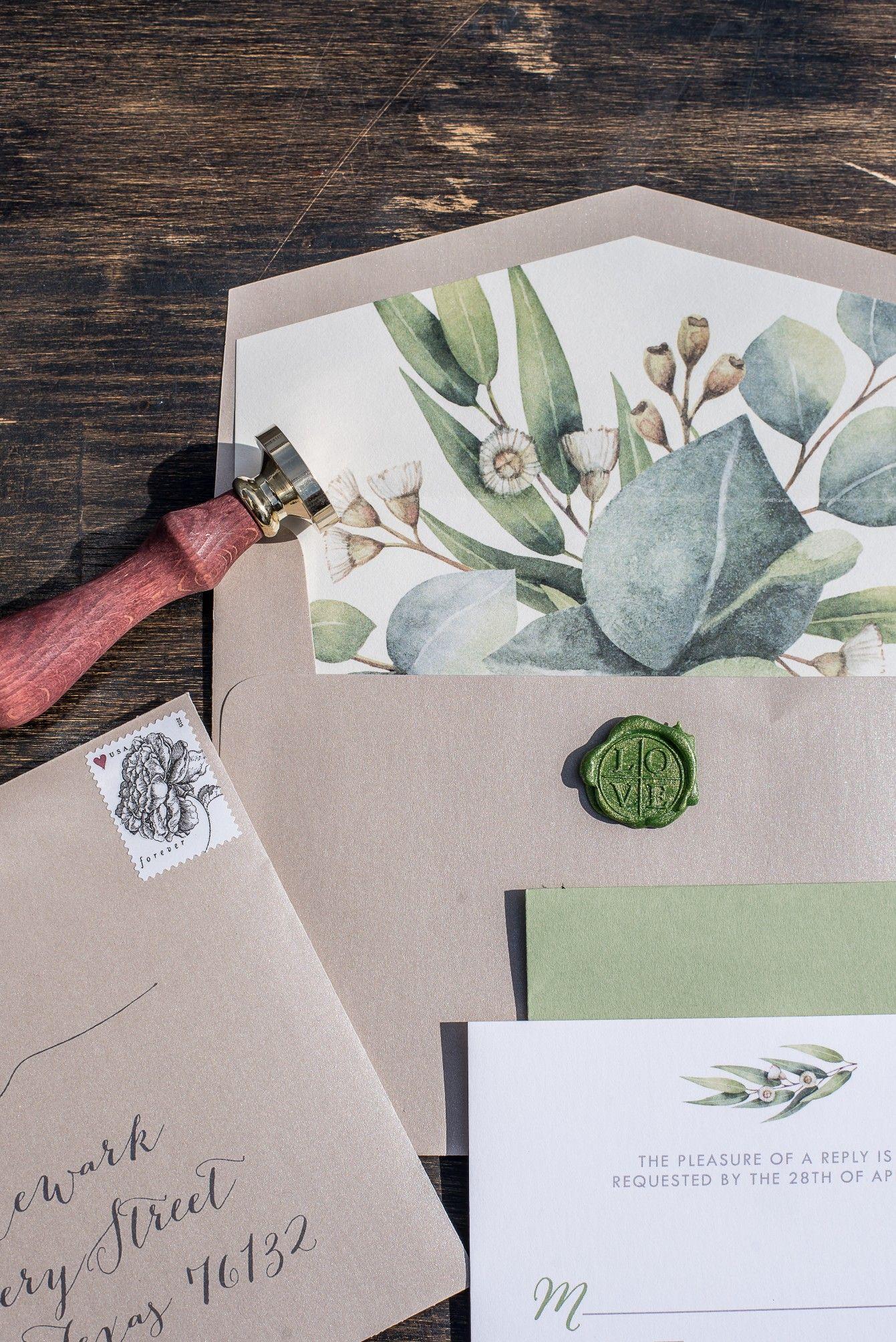 Organic and earthy wedding invitations by Brown Fox Creative ...
