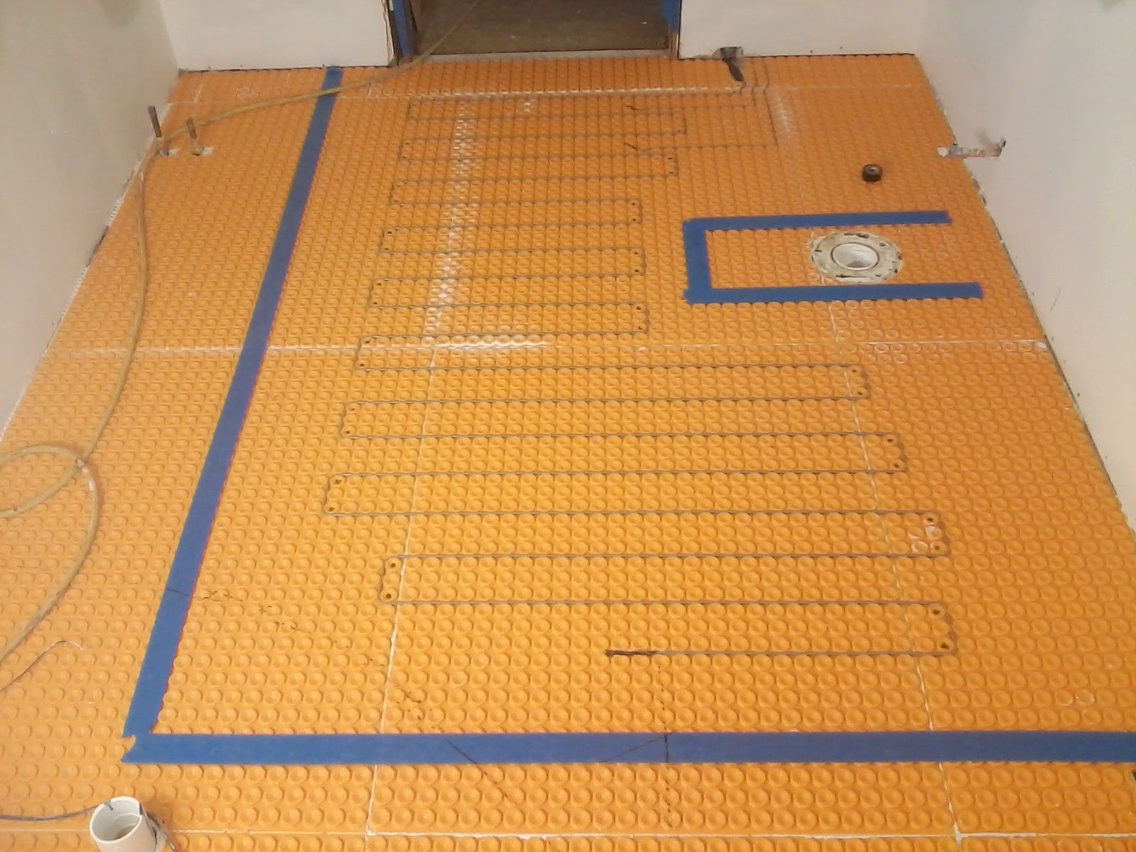 Installed a Schluter Ditra Heat floor system in this latest bathroom ...