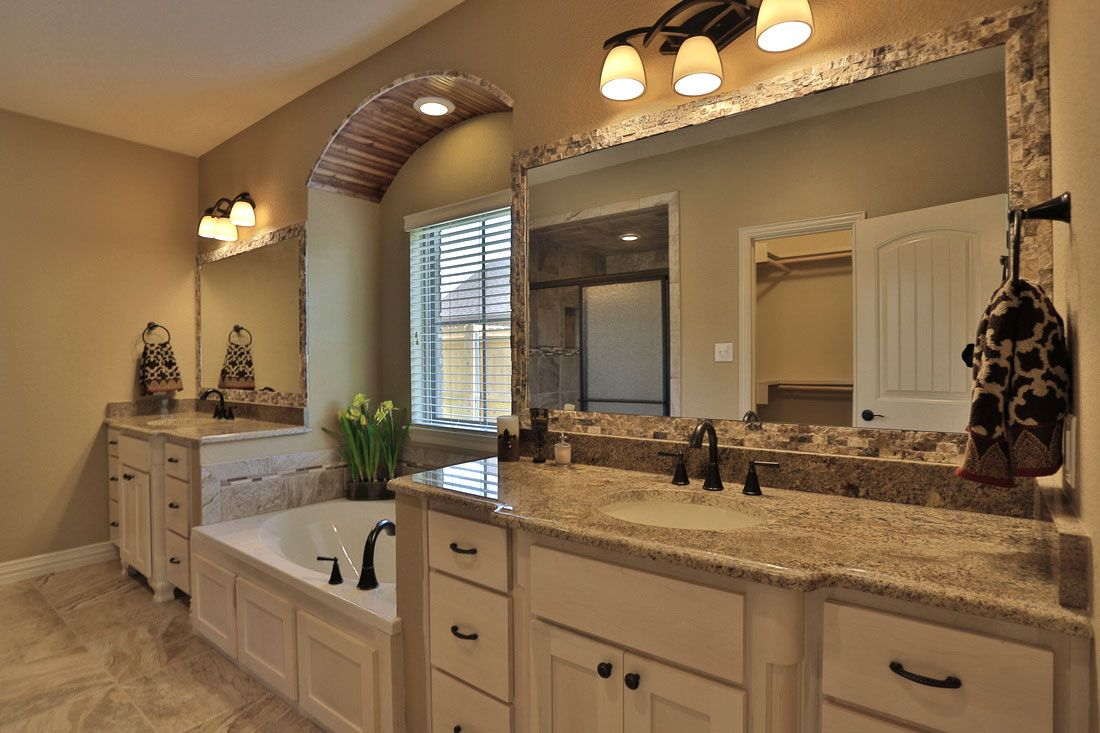Coloured bathroom cabinets - New Age Ideas For Bathroom Color Combos