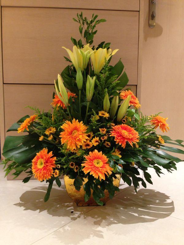 Flower arrangements by Vincina :)