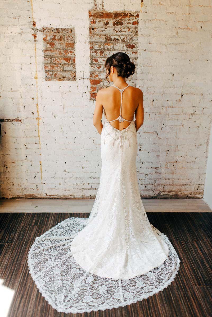 Golden hour studios reverie gallery wedding blog the glam bride