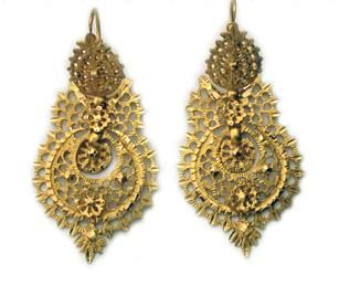 Portuguese Rainha (Queen) earrings