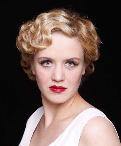 Short Wavy Strawberry Blonde Hairstyle Formal Hairstyles Strawberry Blonde Hair Color Formal Hairstyles For Short Hair