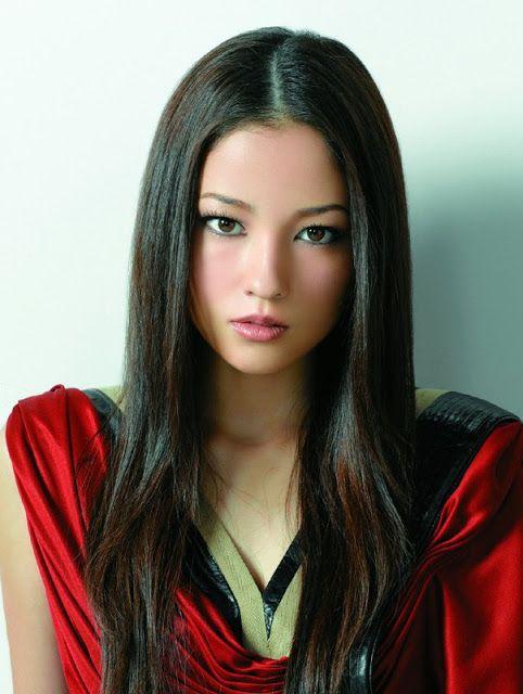Азиатских топ моделей 10