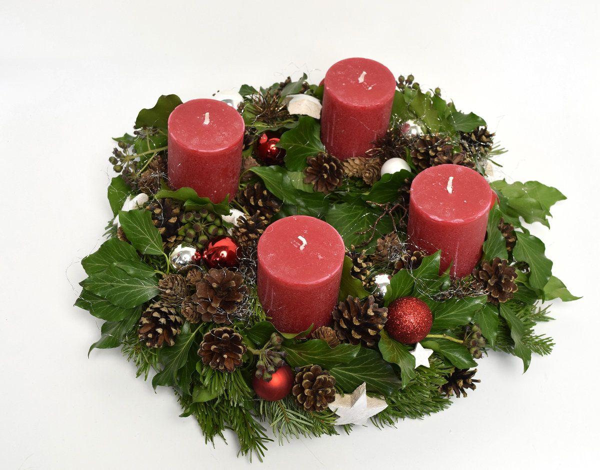 adventskranz rot tannenzapfen solebich und zweige. Black Bedroom Furniture Sets. Home Design Ideas