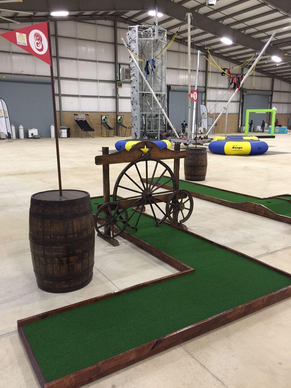 wagon wheel mini golf course hole portable mini golf pinterest