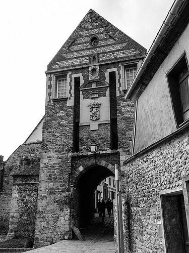 Le Passage De Jeanne D Arc Somme Tower Bridge France