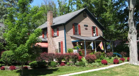 Candlewyck House Bed And Breakfast