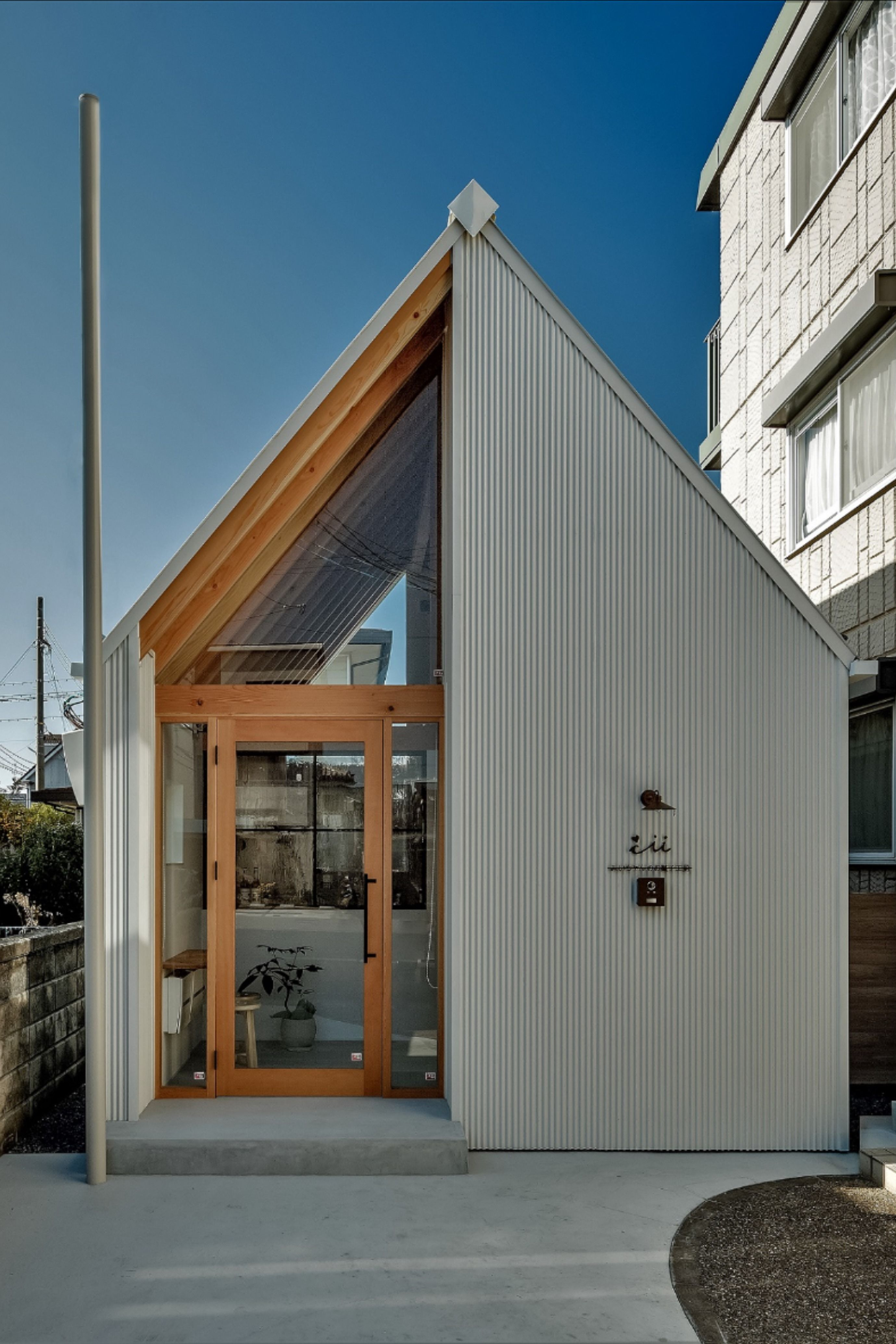 ボード とても小さな家 デザイン のピン