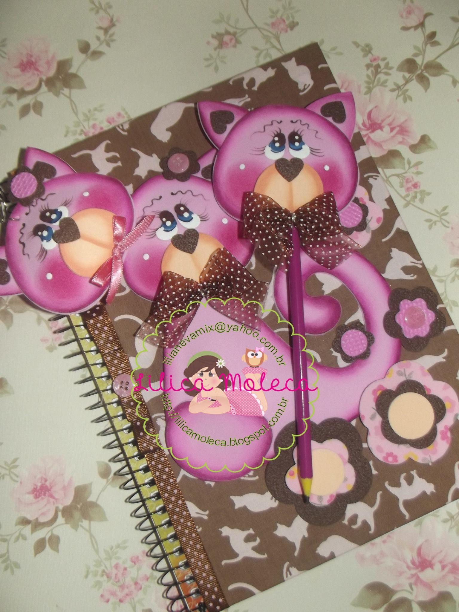 Moldes gratis kit cuaderno llavero y lapiz gatito y flores for Decoracion con goma eva