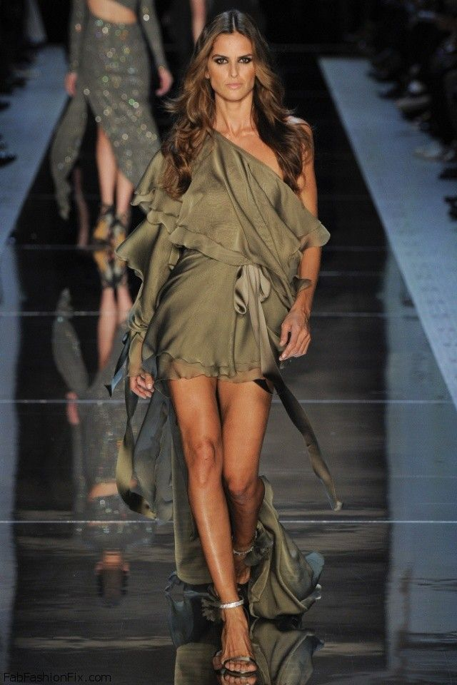 Izabel Goulart for Alexandre Vauthier Haute Couture spring/summer 2016 Collection. #couture #alexandrevauthier