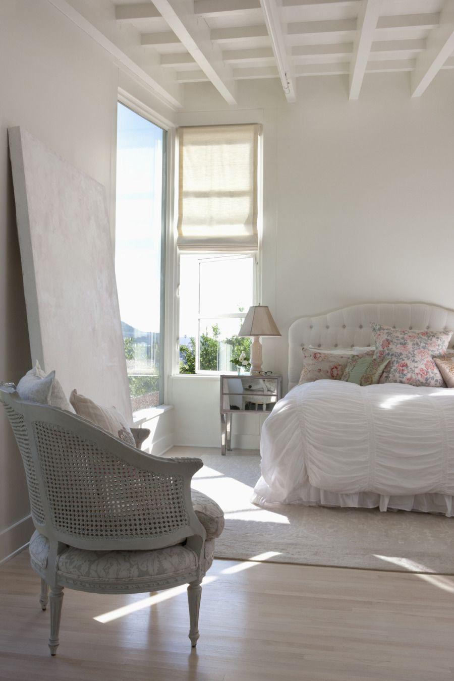 Serene Bedrooms  Décoration chambre romantique, Déco chambre