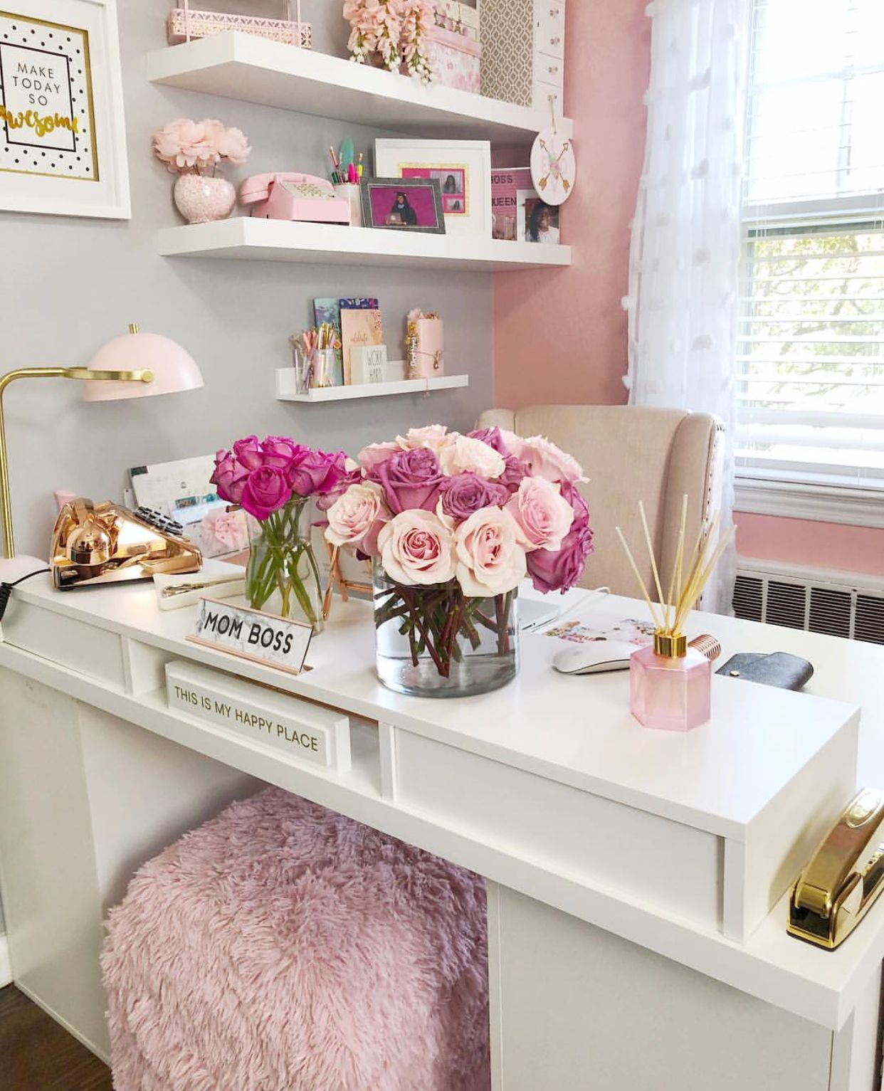 I Love These Colors Pink And Gold In 2019 Home Office