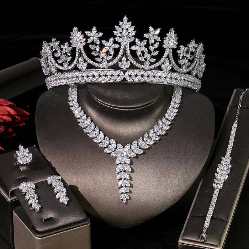 Earring /& Bracelet set-Wedding Accessories-Wedding Jewellery set-silver Bridal Necklace set-Womens Jewellery set Silver Bridal Necklace